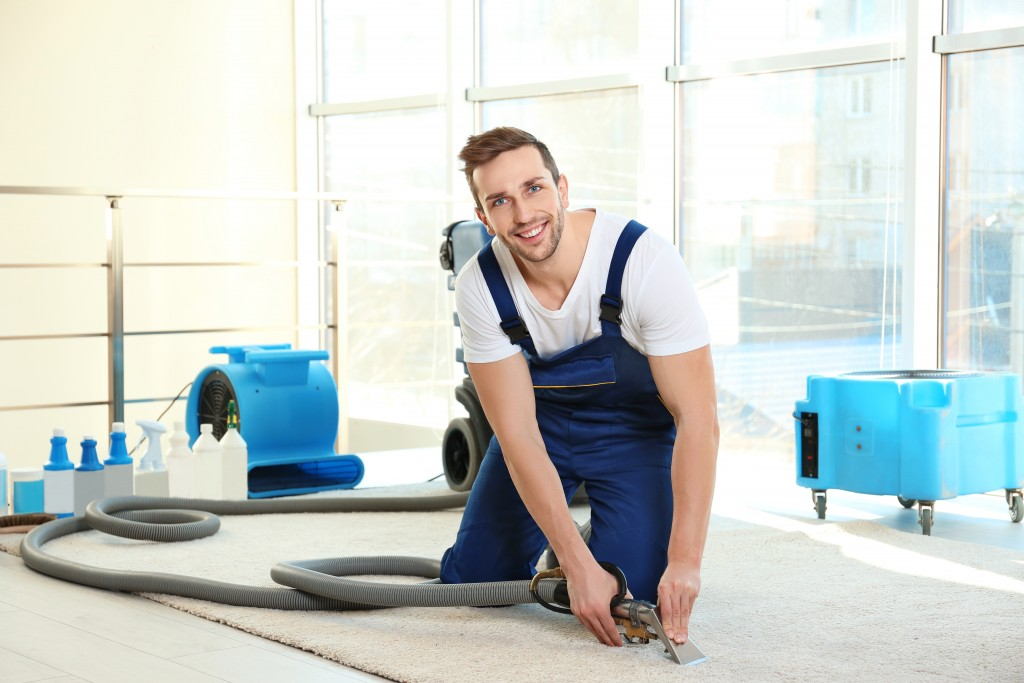 8 Top Benefits of Hiring a Professional Cleaning Service